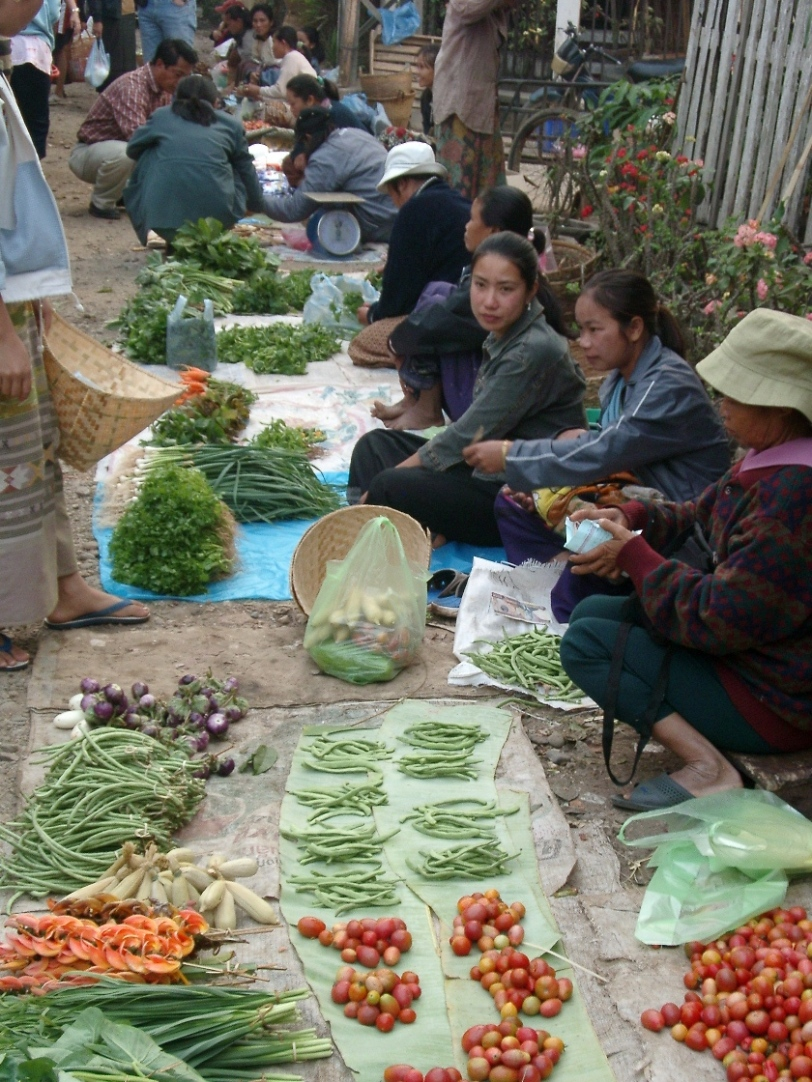 A typical market scene (Photo credit: Zaphod Beeblebrox, Wikimedia Commons)