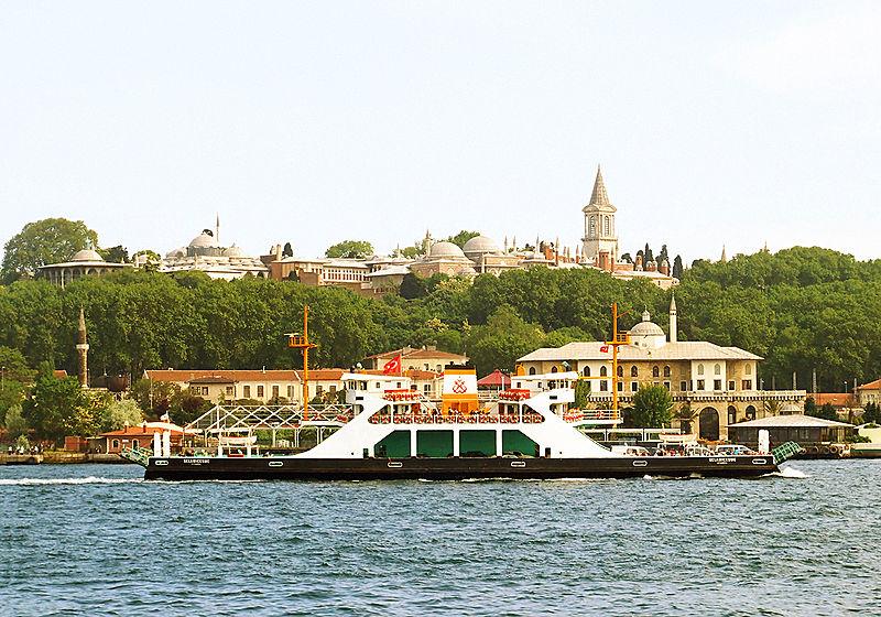Topkapi Palace (Photo credit: Wikimedia Commons)
