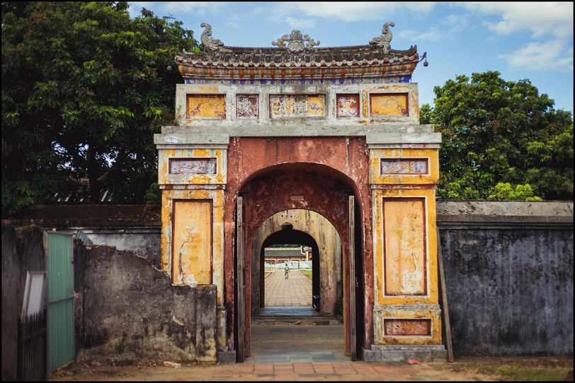Hue Imperial City Gate (Photo credit: Wikimedia Commons)