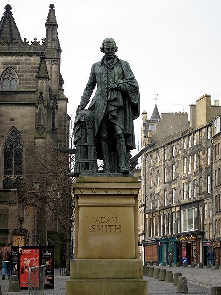 Statue of Adam Smith (Photo Credit: Wikimedia Commons)