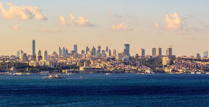 Instanbul Skyline (Photo Credit: Wikimedia Commons)