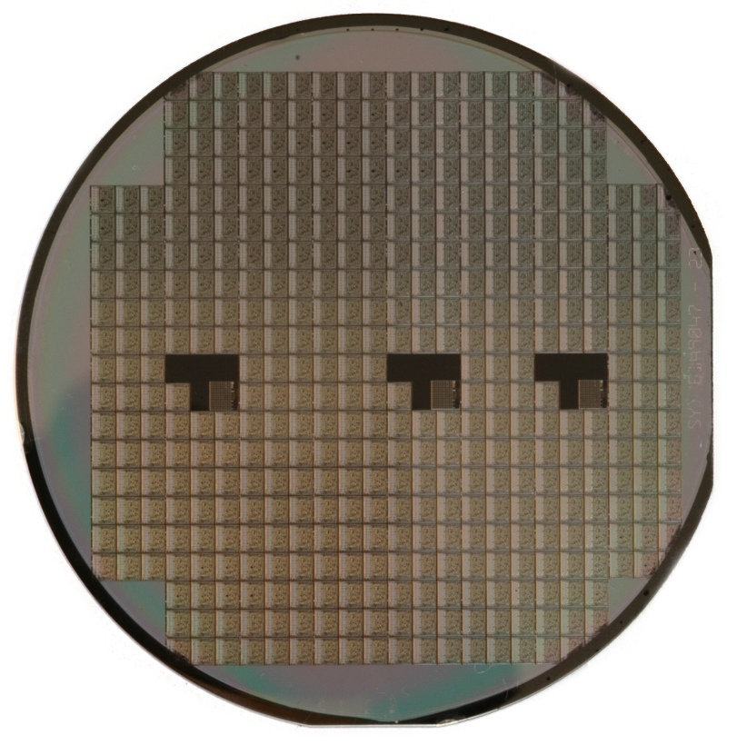 A silicon wafer (Photo credit: Wikimedia Commons)