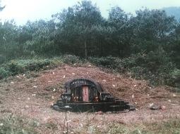 Tomb of Da Xing Gong, founding patriarch of the Dabu Lams.